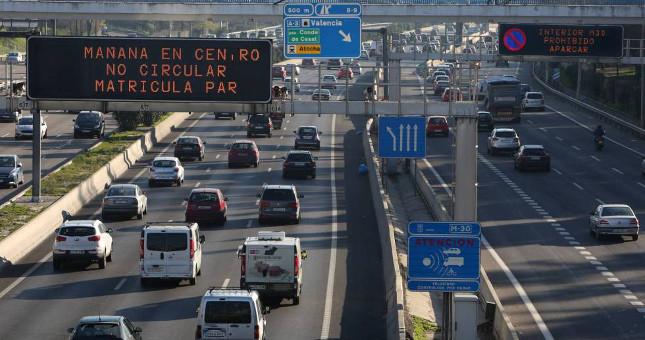 Direct Seguros realiza un estudio que mide el nivel de satisfacción de los españoles ante las medidas del uso de coches para bajar la contaminación