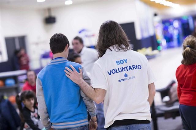 Fundación Mutua Madrileña lanza los VI Premios al Voluntariado Universitario