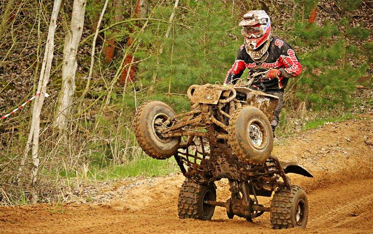 Siete de cada diez accidentes de quad se producen por pérdida del control